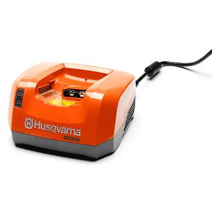ハスクバーナ バッテリー急速充電器 QC330
